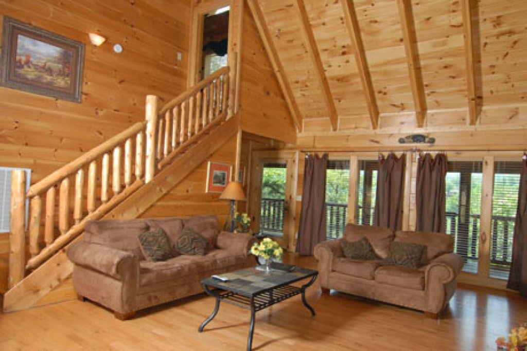 Photo of a Pigeon Forge Cabin named Echoes Of Eden - This is the eighth photo in the set.