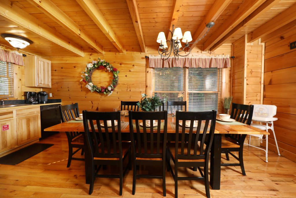 Photo of a Pigeon Forge Cabin named Blessed Nest - This is the forty-fourth photo in the set.