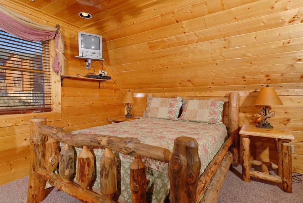 Photo of a Pigeon Forge Cabin named Tennessee Treasure #232 - This is the fifty-second photo in the set.