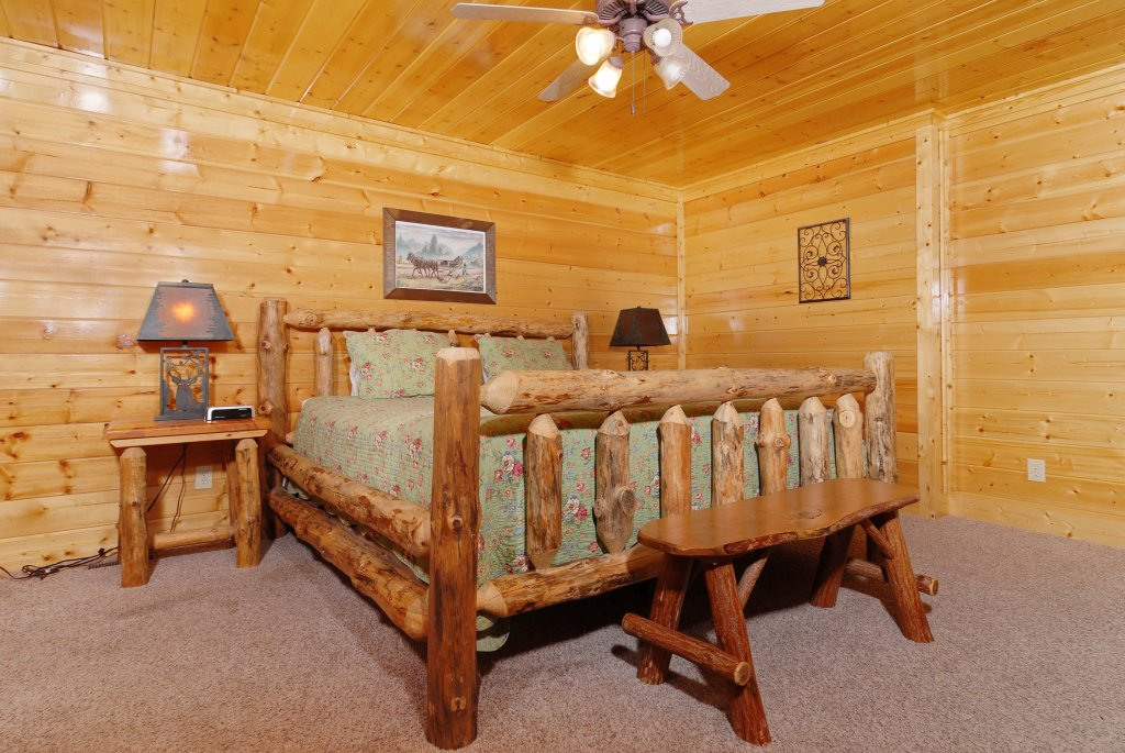 Photo of a Pigeon Forge Cabin named Tennessee Treasure #232 - This is the forty-eighth photo in the set.