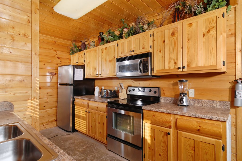 Photo of a Pigeon Forge Cabin named Tennessee Treasure #232 - This is the thirty-third photo in the set.