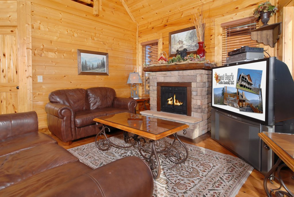 Photo of a Pigeon Forge Cabin named Tennessee Treasure #232 - This is the eighth photo in the set.