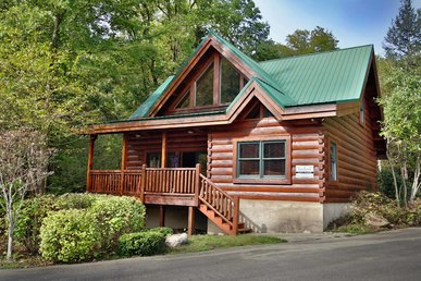 Moonlit Hideaway Cabin In Sevierville W 2 Br Sleeps8