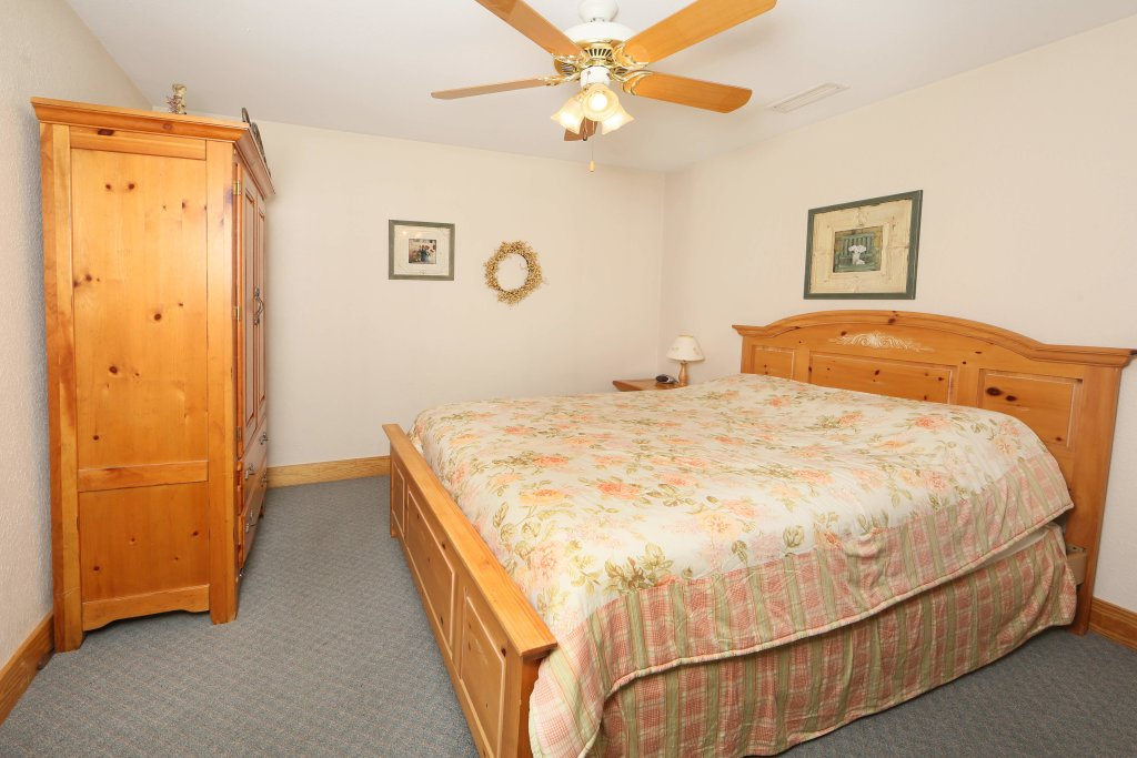 Photo of a Pigeon Forge Condo named Poplar Point Condo Unit 12a - This is the second photo in the set.