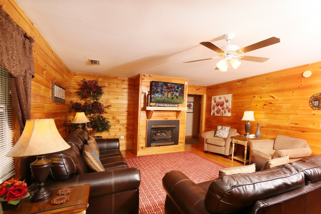 Photo of a Pigeon Forge Cabin named Pinnacle View 7b - This is the tenth photo in the set.