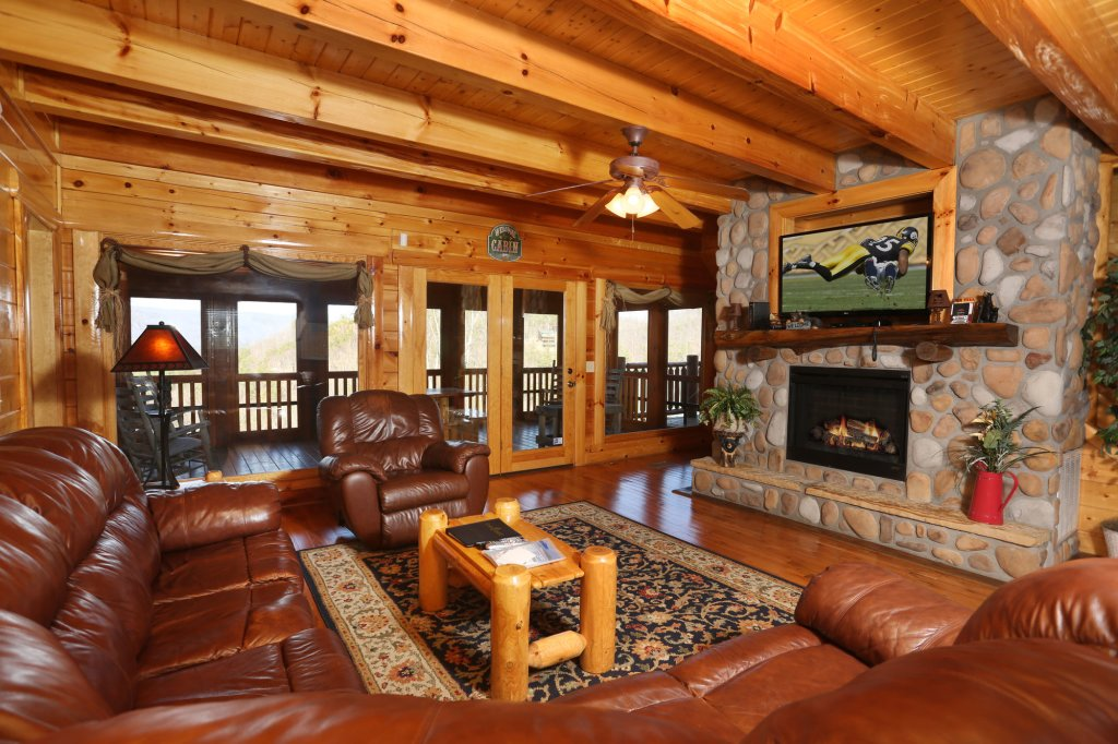 Photo of a Pigeon Forge Cabin named Estate Of Relaxation - This is the eighth photo in the set.
