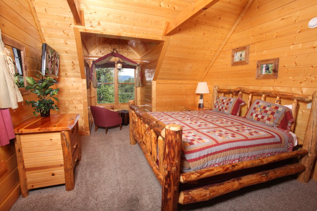 Photo of a Pigeon Forge Cabin named Estate Of Relaxation - This is the nineteenth photo in the set.