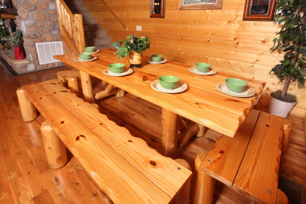 Photo of a Pigeon Forge Cabin named Estate Of Relaxation - This is the fifteenth photo in the set.