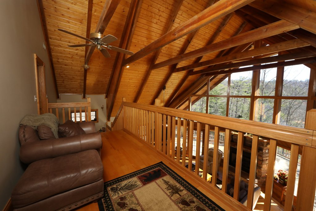 Photo of a Pigeon Forge Cabin named Haven Of Rest - This is the fifty-second photo in the set.