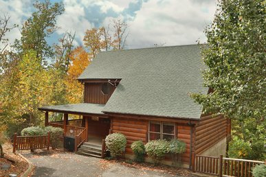 Moonlight And Memories Is The Ideal Location For A Smoky Mountain Getaway.