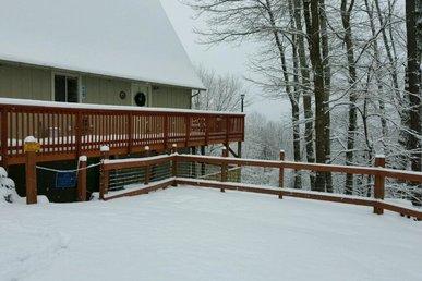 Million Dollar View a 4 bedroom cabin near Downtown Gatlinburg, Tennessee.