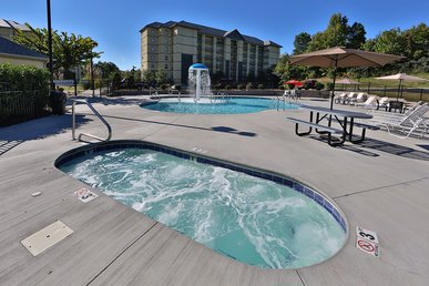 Mountain View Condo 3107 a 3 bedroom condo right on the Pigeon Forge Parkway.