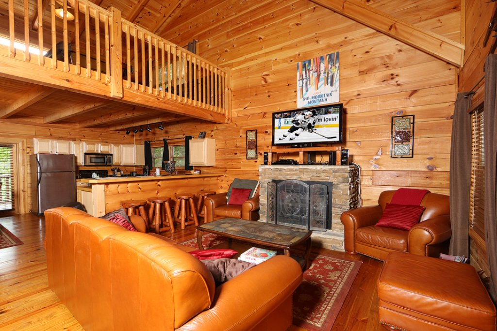 Photo of a Pigeon Forge Cabin named Mountain Majesty - This is the sixth photo in the set.