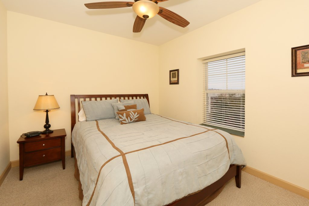 Photo of a Pigeon Forge Condo named Mountain View Condo 3507 - This is the twenty-first photo in the set.