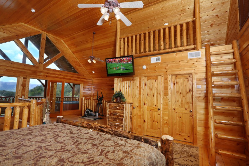 Photo of a Pigeon Forge Cabin named Mountain Dreams - This is the twenty-second photo in the set.