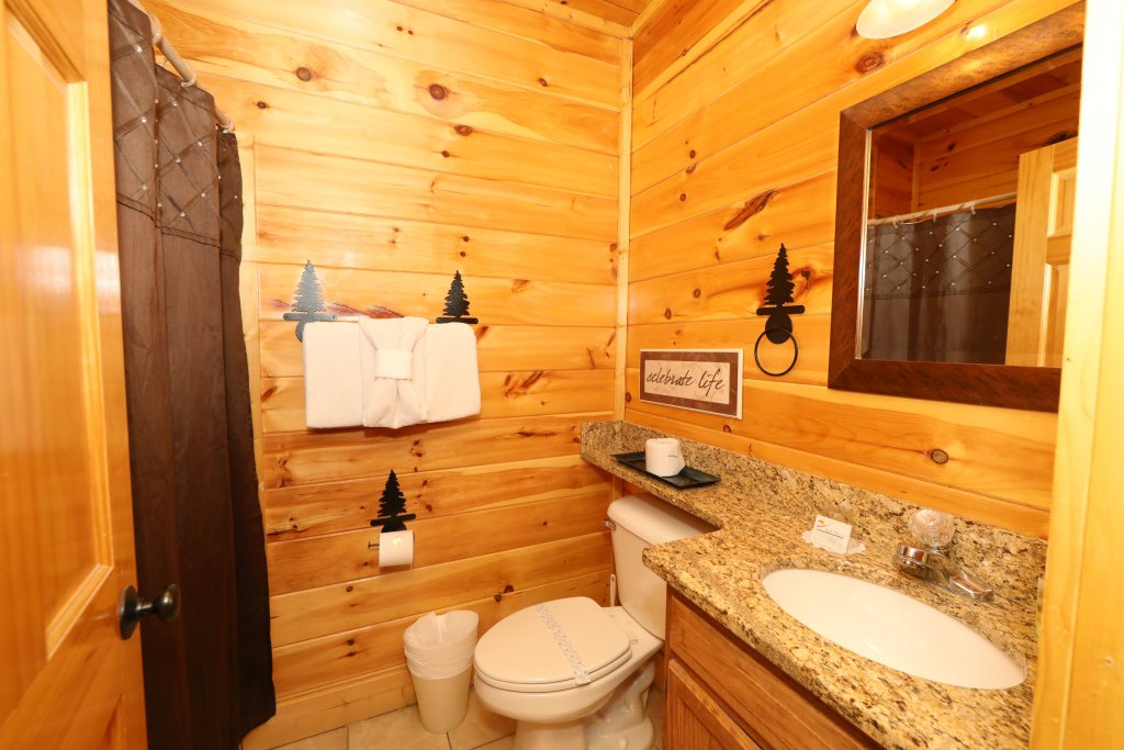 Photo of a Pigeon Forge Cabin named Playhouse Cinema - This is the twenty-seventh photo in the set.