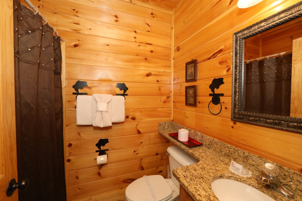 Photo of a Pigeon Forge Cabin named Playhouse Cinema - This is the twenty-fourth photo in the set.