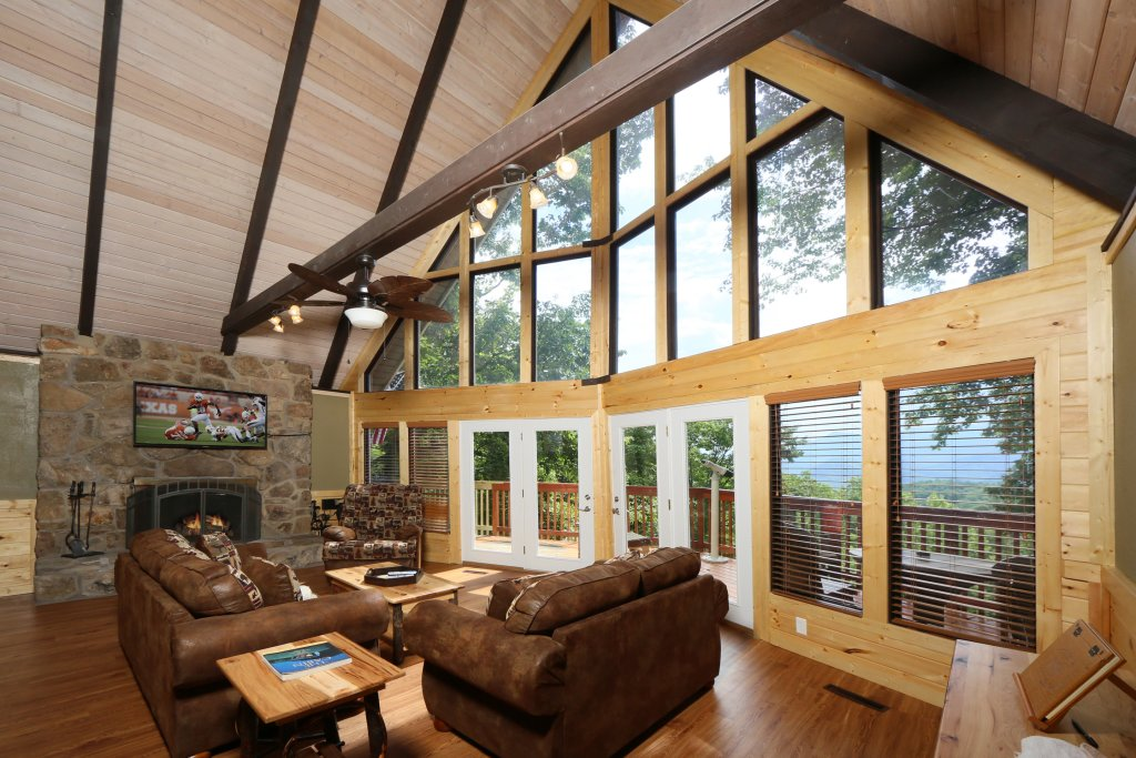 Photo of a Gatlinburg Cabin named Million Dollar View - This is the thirteenth photo in the set.