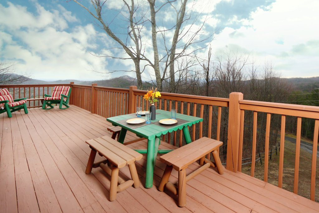 Photo of a Pigeon Forge Cabin named Tennessee Overlook - This is the seventh photo in the set.