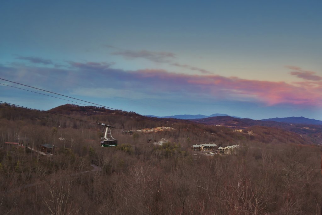 Photo of a Gatlinburg Cabin named Skyline View - This is the third photo in the set.