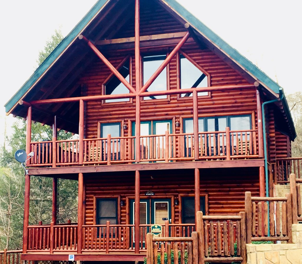 Photo of a Pigeon Forge Cabin named Take It Easy - This is the first photo in the set.
