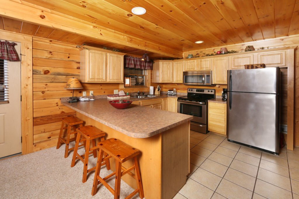 Photo of a Pigeon Forge Cabin named Take It Easy - This is the thirty-third photo in the set.