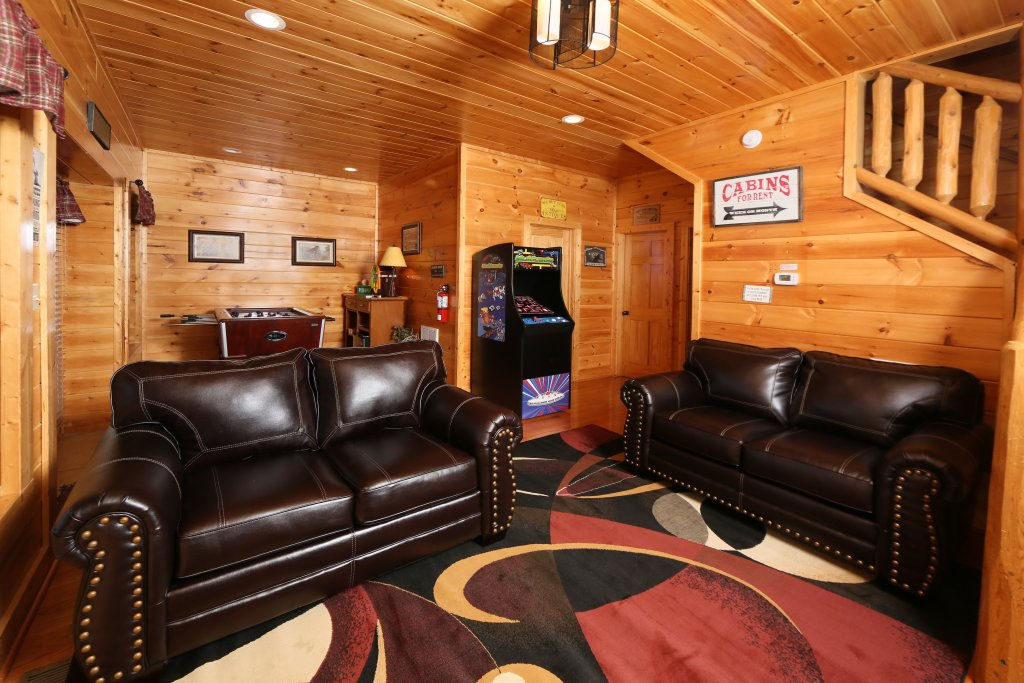 Photo of a Pigeon Forge Cabin named Take It Easy - This is the twenty-ninth photo in the set.