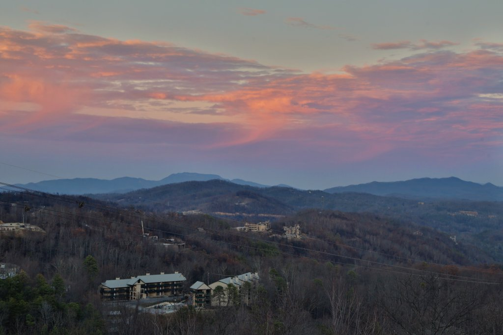 Photo of a Gatlinburg Cabin named Skyline View - This is the fourth photo in the set.