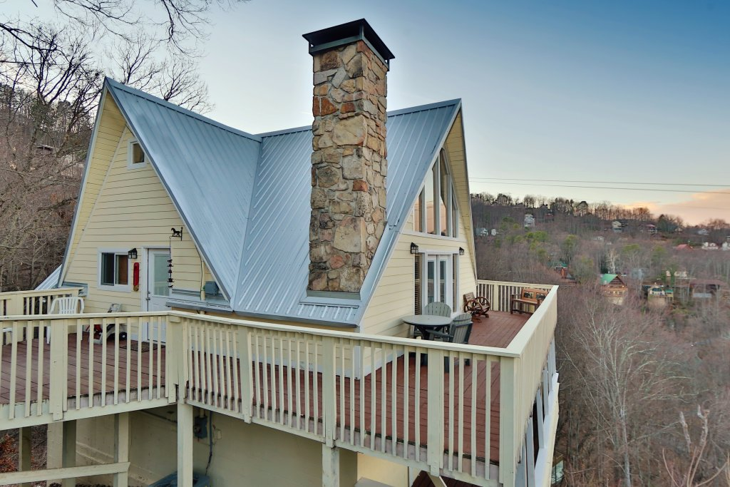 Photo of a Gatlinburg Cabin named Skyline View - This is the seventh photo in the set.
