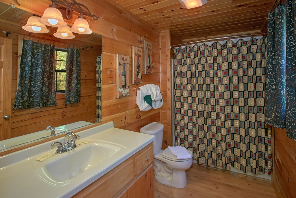 Photo of a Pigeon Forge Cabin named Morning View #131 - This is the twenty-fourth photo in the set.