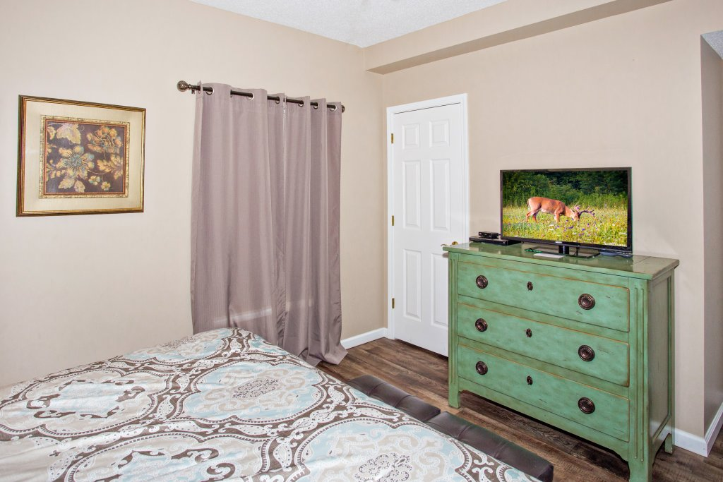 Photo of a Pigeon Forge Condo named Whispering Pines 314 - This is the tenth photo in the set.