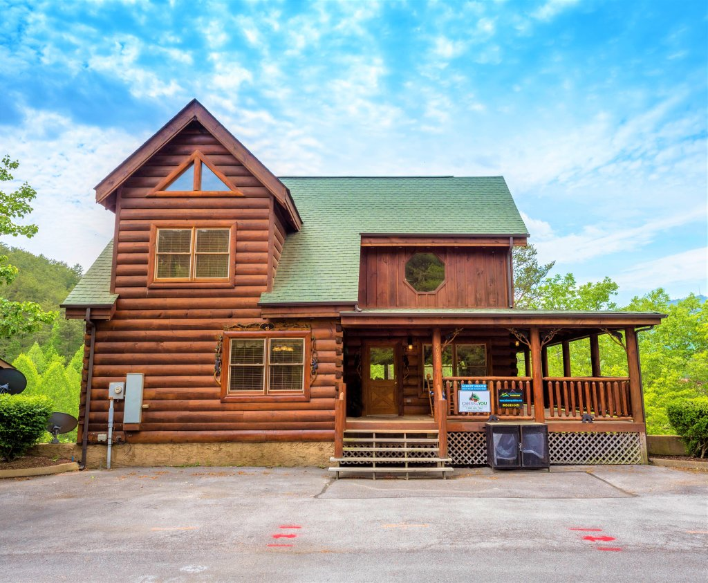 Photo of a Pigeon Forge Cabin named Almost Heaven - This is the eighth photo in the set.