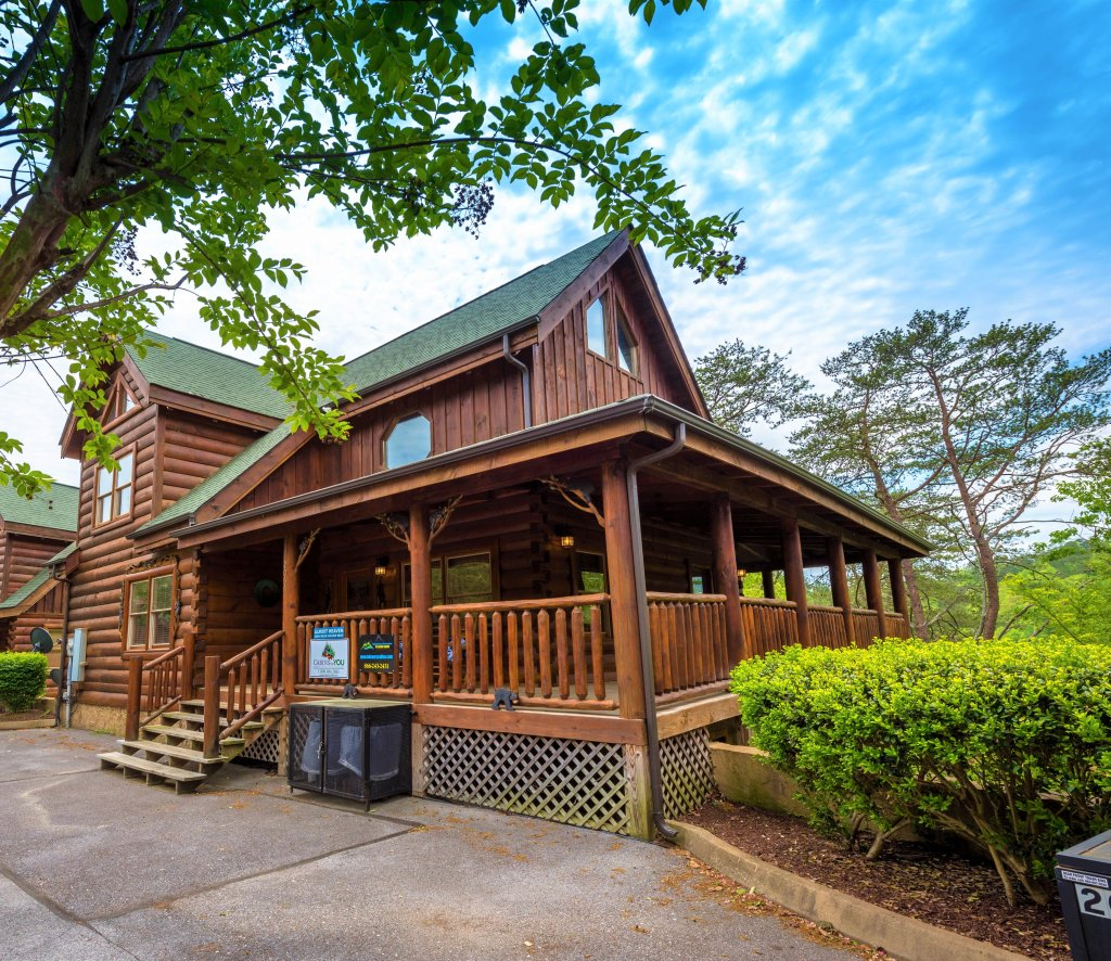 Photo of a Pigeon Forge Cabin named Almost Heaven - This is the twenty-fifth photo in the set.