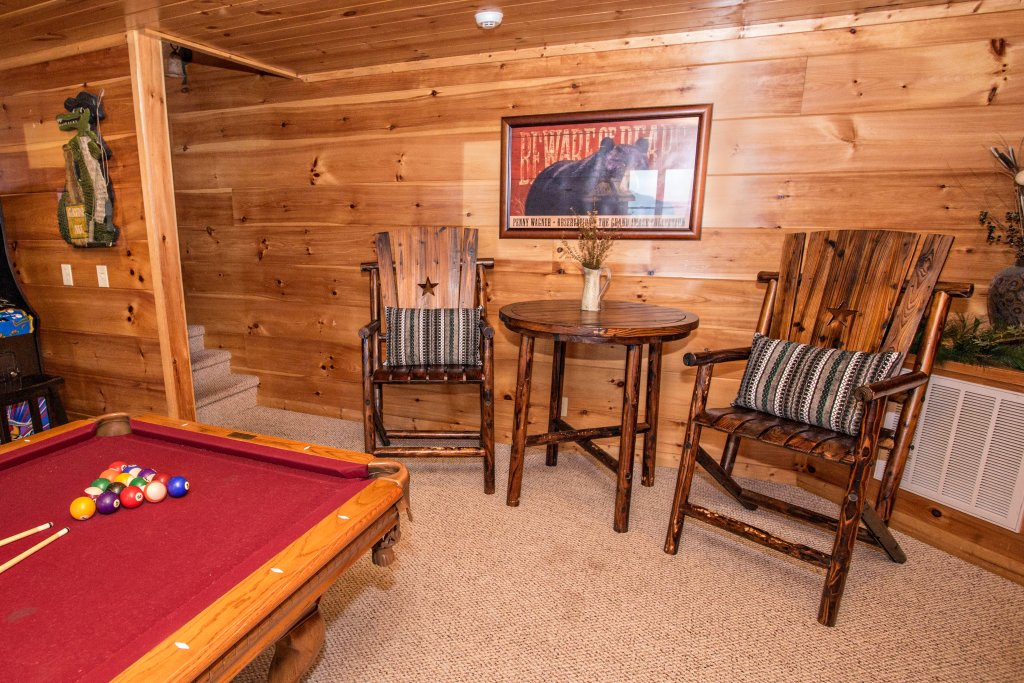 Photo of a Pigeon Forge Cabin named Where Eagles Fly - This is the forty-eighth photo in the set.
