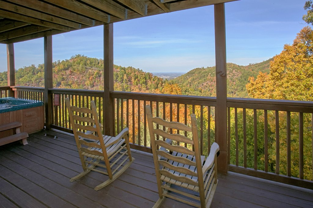 Photo of a Pigeon Forge Cabin named Evening View #133 - This is the third photo in the set.