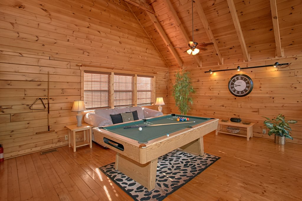 Photo of a Pigeon Forge Cabin named Evening View #133 - This is the twenty-seventh photo in the set.
