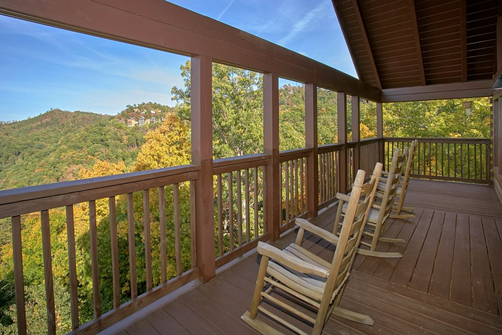 Photo of a Pigeon Forge Cabin named Evening View #133 - This is the twenty-first photo in the set.