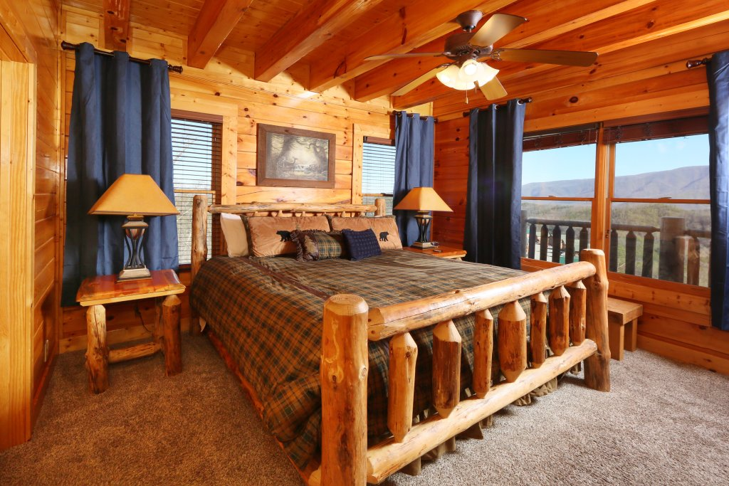 Photo of a Pigeon Forge Cabin named Award Winning Views - This is the eleventh photo in the set.