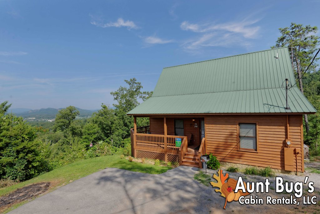 Photo of a Pigeon Forge Cabin named A Grand View From Above #225 - This is the fiftieth photo in the set.