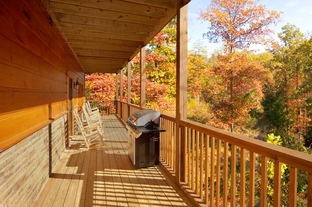 Photo of a Gatlinburg Cabin named Lumberjack Lodge - This is the ninth photo in the set.