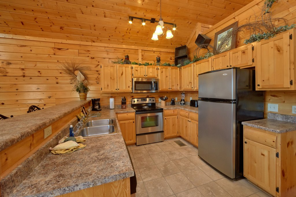 Photo of a Pigeon Forge Cabin named Paradise View (#24) - This is the eleventh photo in the set.