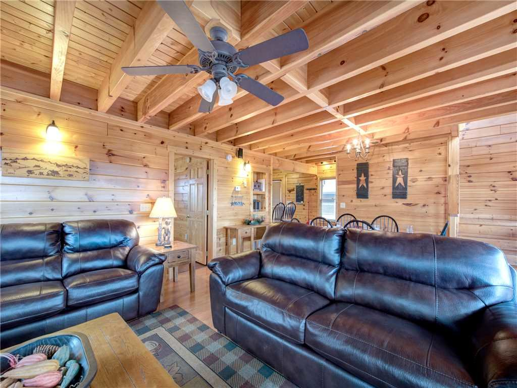 Photo of a Pigeon Forge Cabin named Starry Hope - This is the sixth photo in the set.