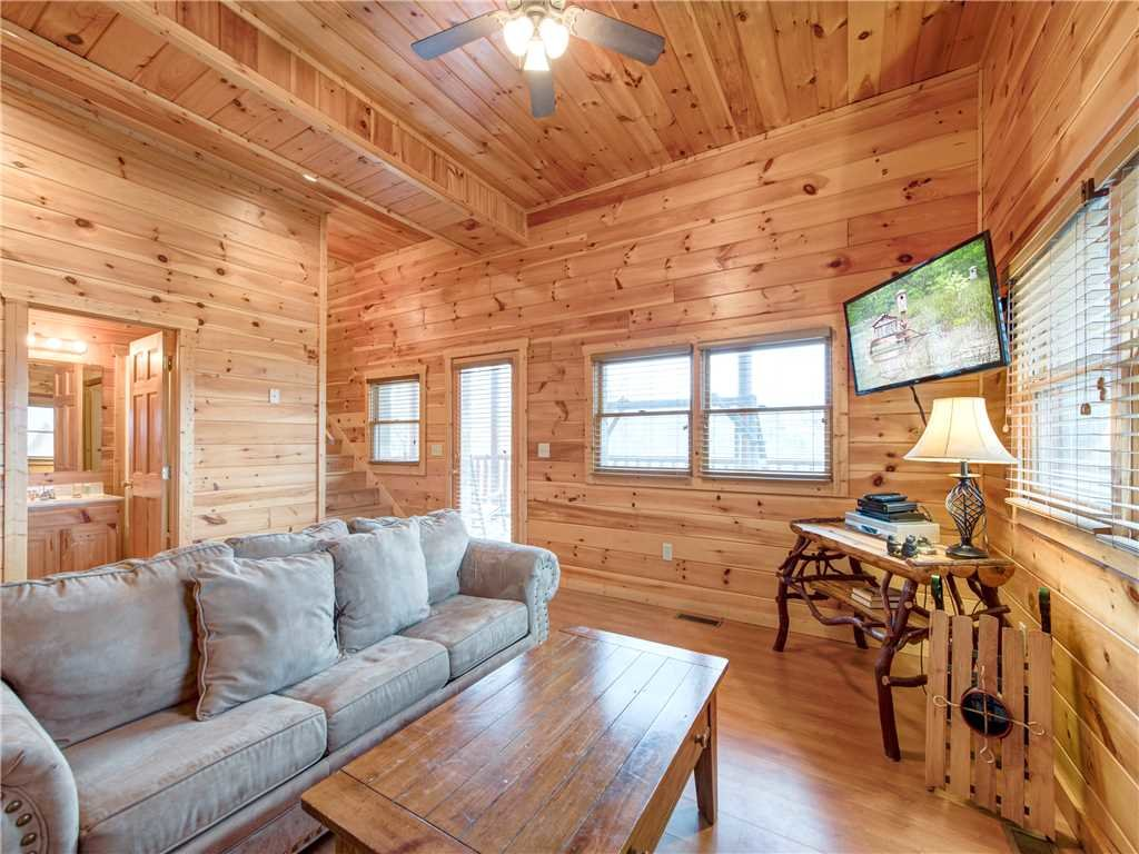 Photo of a Pigeon Forge Cabin named Starry Hope - This is the fourteenth photo in the set.