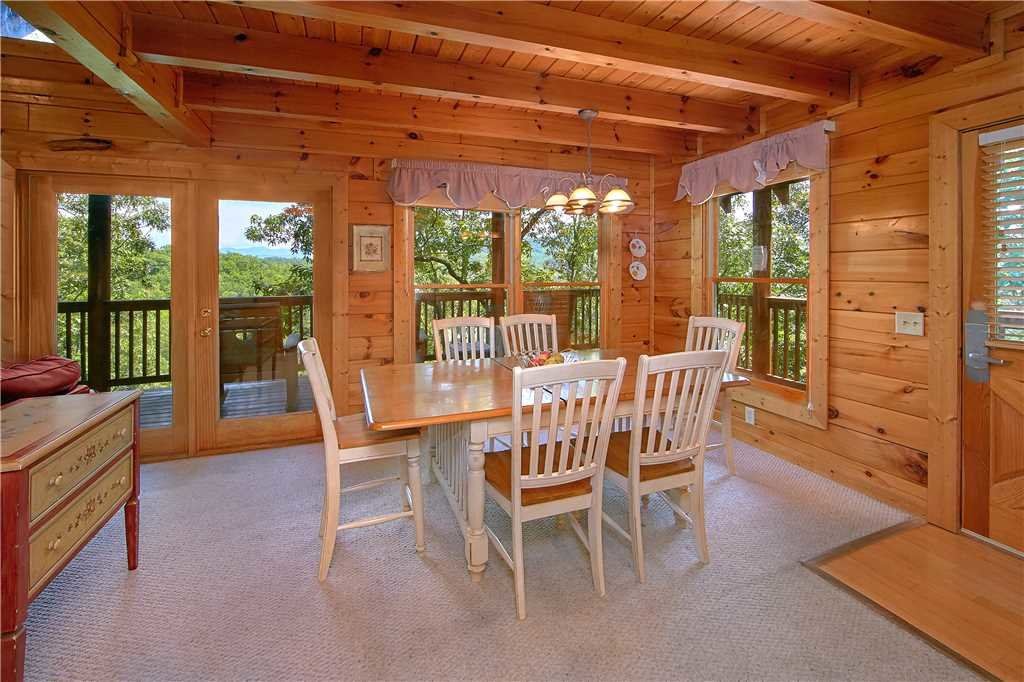 Photo of a Pigeon Forge Cabin named Almost Heaven - This is the fifth photo in the set.