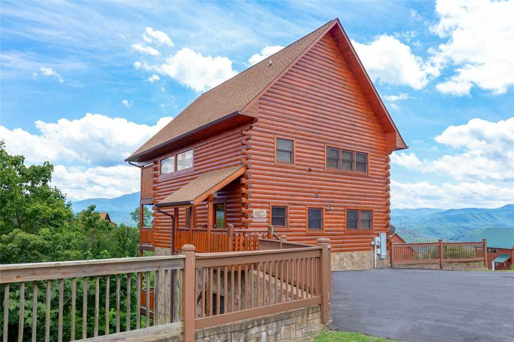 Photo of a Pigeon Forge Cabin named Starry Hope - This is the twenty-eighth photo in the set.