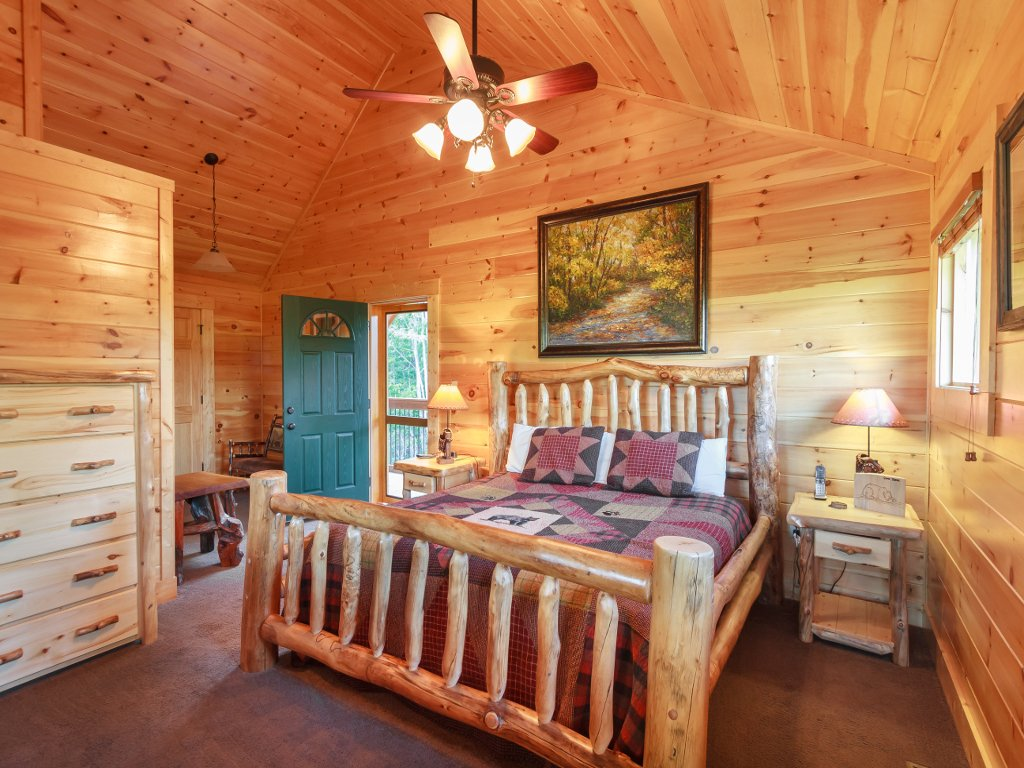 Photo of a Gatlinburg Cabin named Cloud Dancer Ii - This is the twenty-fifth photo in the set.
