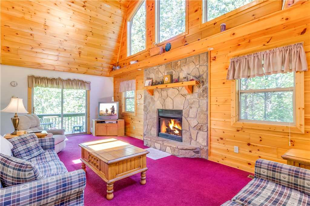 Photo of a Gatlinburg Cabin named Misty View - This is the first photo in the set.
