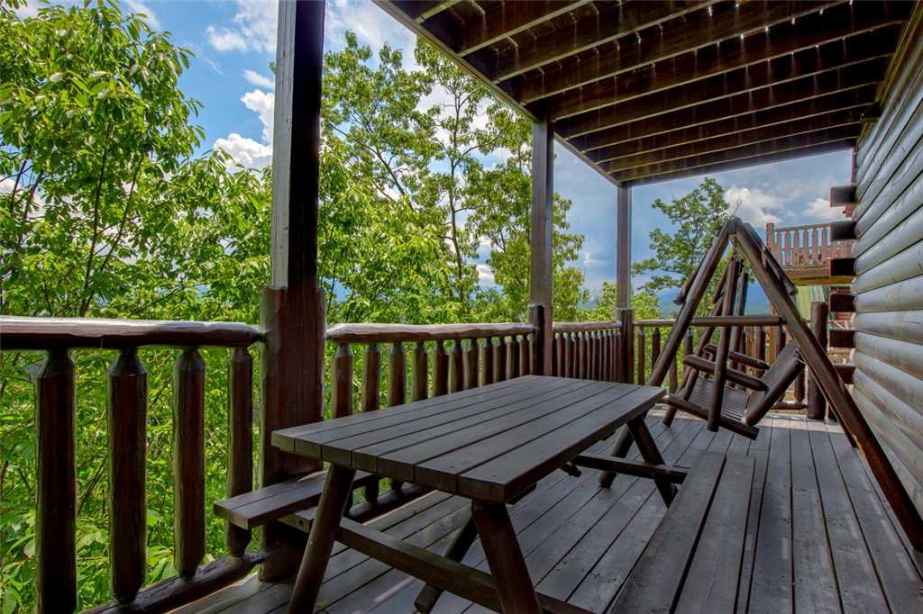 Photo of a Pigeon Forge Cabin named Mountain View Escape - This is the twentieth photo in the set.