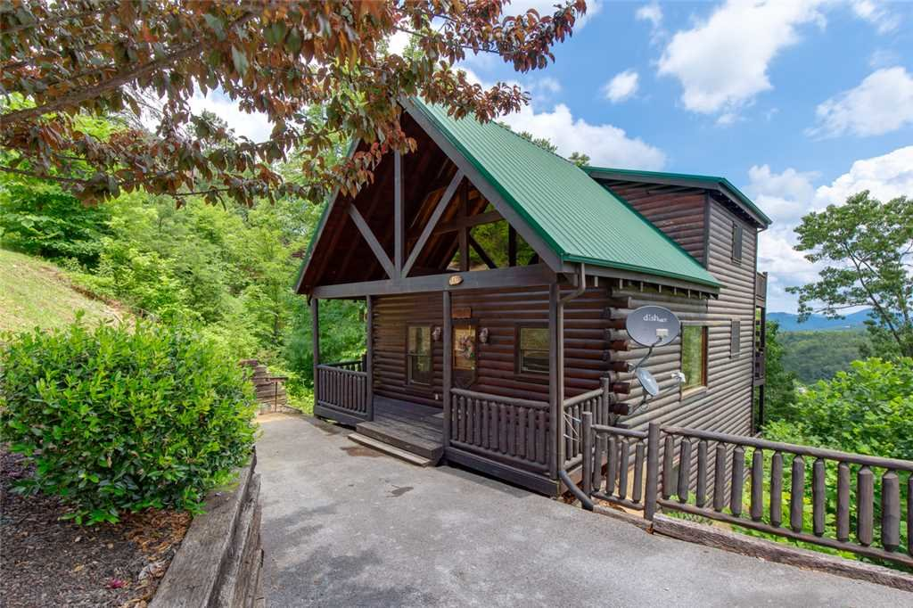 Photo of a Pigeon Forge Cabin named Mountain View Escape - This is the twenty-first photo in the set.