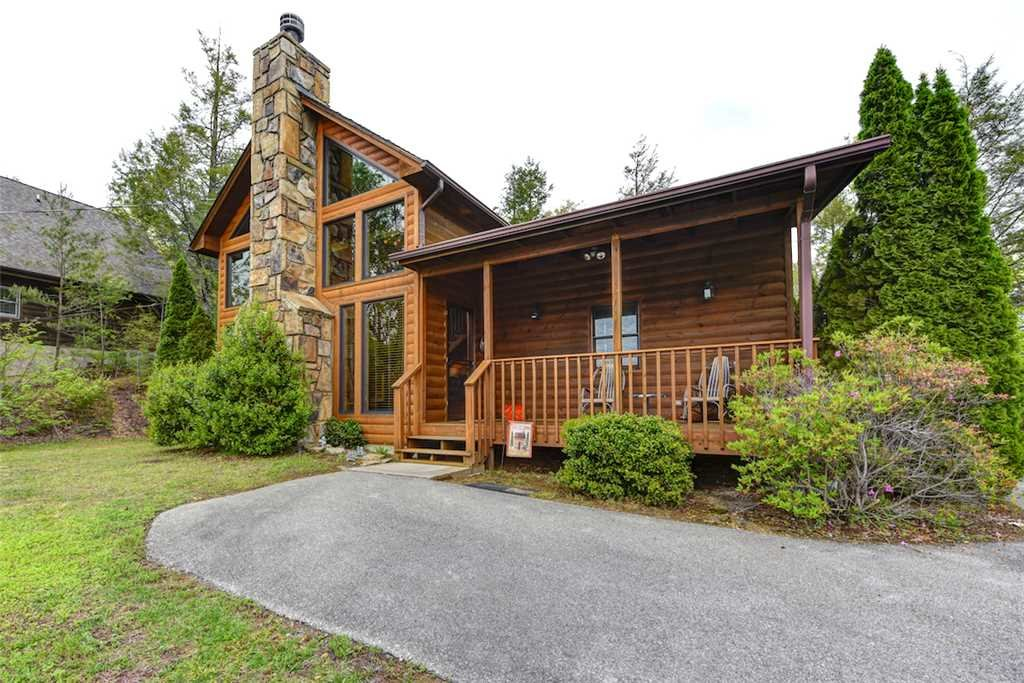 Photo of a Gatlinburg Cabin named God's Little Acre - This is the twenty-second photo in the set.